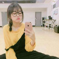 """""""Argghgg Kim Taehyung!""""-Park Yoona. """"Ups tidak sengaja""""-Kim Taehyung. #ceritapendek # Cerita pendek # amreading # books # wattpad"""