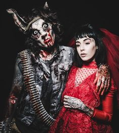 Oliver and Hannah Sykes // Batsard and Lydia Deetz ❤