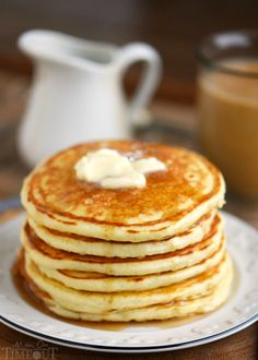 Pancake Recipe Easy An American Pancake Recipe – Easy For All Pancake Recipe Easy. Pancakes are a big part of the American breakfast. They are nice and fluffy and are good at any time of the … Pancake Recipe Easy Fluffy, Buttermilk Pancakes Fluffy, Best Pancake Recipe, Pancakes And Waffles, Nutella Pancakes, Pancake Recipes, What's For Breakfast, Breakfast Dishes, Breakfast Recipes