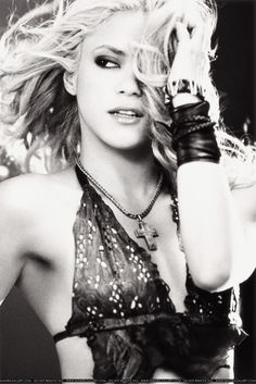 shakira. Hot hot hot & like her music