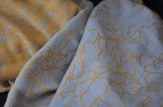Sling Studio Sweetpea Gold rush Wrap (linen)