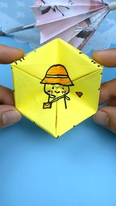 Paper Crafts Origami, Paper Crafts For Kids, Cardboard Crafts, Diy For Kids, Fun Crafts, Diy Paper, Instruções Origami, Cute Origami, Origami Videos