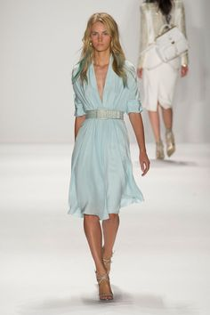 Badgley Mischka at New York Spring 2015 minus the blue highlights…