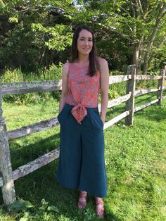 Happy Friday everyone! I hope you have some exciting sewing plans for this weekend. If not, maybe I can give you some inspiration! My first thought when Megan Nielsen released her Flint Pant patter…
