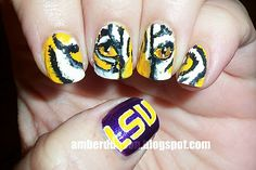 Geaux Tigers! This is amazing!! Somebody do this to my nails