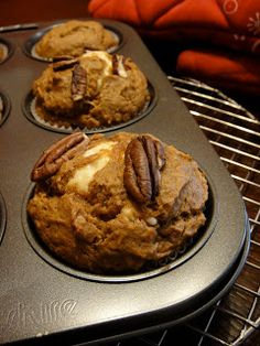 Crumbs and Cookies.: Pumpkin Muffins with Cream Cheese Filling