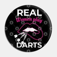 Fizello® marka rozetler yüksek kaliteli bileşenlerden üretilmiştir.Rozet Dupont patentli Mylar® film ile kaplanmıştır.Rozetler 58mm boyutuna sahiptir.Sağlığa zararlı herhangi bir materyal içermemektedir.Kullanılan boyalar çevre dostudur.Yüksek çözünürlüklü baskı teknolojisi kullanılarak üretilmektedir. Play Darts, Pilsner Beer, Real Women, Darth Vader, Film, Character, Products, Movie, Film Stock
