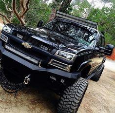 79637da8be5f3e00a83f9afa43fb02fd.jpg 540×533 pixels Chevy Duramax, Chevy Silverado, Chevy Pickups, Silverado 1500, Chevy 2500hd, Diesel Trucks, Gmc Trucks, Lifted Trucks, Chevrolet Trucks