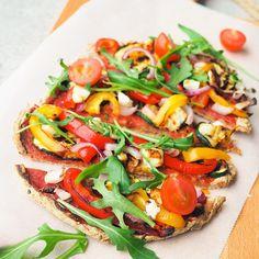 Calzone, Vegetable Pizza, Vegetables, Nice, Food, Veggies, Essen, Vegetable Recipes, Yemek