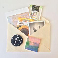 let's make a cute things Letter Writing, Letter Art, Snail Mail Pen Pals, Snail Mail Gifts, Mail Art Envelopes, Pen Pal Letters, Envelope Art, Handwritten Letters, Pen And Paper