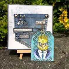 Made this for @kortgleder, using a pocket from a worn out denim jeans. Perfect match for the new 'Denim & Friends' papers from Maja Design #hipforsummer #cardmaking #papercrafting #timholtz #majadesign #timholtzcrayons #sizzixdies #papirdesign
