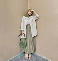 Hijab Style Dress, Casual Hijab Outfit, Ootd Hijab, My Outfit, Casual Outfits, Muslim Fashion, Ootd Fashion, Fashion Outfits, Hijab Tutorial