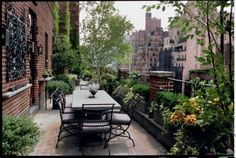 Rooftop Dining and Garden