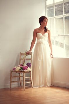 PRETTY WEDDING DRESS. SARAH SEVEN.