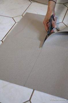 How to Install a Stair Runner - Cut the rug pad for the stair treads. - Thrift Diving Stairs And Staircase, Staircase Makeover, Carpet Stairs, Staircase Design, Spiral Staircases, Stair Runner Installation, Narrow Hallway Decorating, Modern Stairs, Floating Stairs