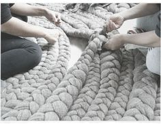 gah... i would love a rug like this