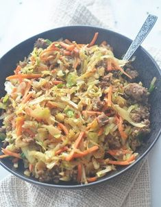 Weight Watchers Egg Roll in a Bowl Weight Watchers Egg Roll in a Bowl – Recipe Diaries Weight Watchers – Egg RolEgg Roll in a Bowl – 2 smIf you like egg rolls, th Weight Watcher Dinners, Plats Weight Watchers, Weight Watchers Smart Points, Weight Watchers Diet, Weight Watcher Recipes, Weight Watchers Recipes With Smartpoints, Weight Watchers Casserole, Weight Watchers Program, Weight Watchers Lunches