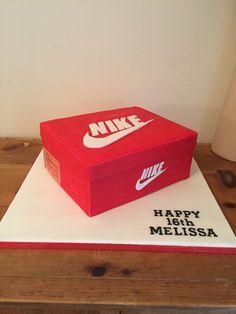 Shoe Box Cake, Shoe Cakes, Dj Cake, Cake & Co, Nike Cake, 30 Birthday Cake, Nike Trainers, Fondant Cakes, Cake Designs