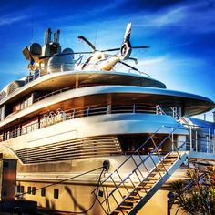 amazing yacht with a #private #helicopter on it http://www.helicopter-saint-tropez.com/hubs/home.html
