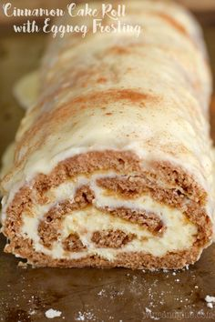 This Cinnamon Cake Roll is packed with amazing flavor and rolled up with the smoothest buttercream frosting and the smothered in an amazing glaze! Such a show stopper! Cinnamon Desserts, Cinnamon Cake, Apple Desserts, Homemade Desserts, Cake Roll Recipes, Dessert Recipes, Top Recipes, Christmas Desserts, Christmas Baking