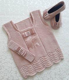 2883 Likes 38 Comments My braids ( Source by bugunnediksem Baby Girl Patterns, Baby Sweater Patterns, Knit Baby Sweaters, Baby Knitting Patterns, Diy Crafts Dress, Diy Dress, Baby Girl Crochet, Crochet Baby Booties, Crochet Designs