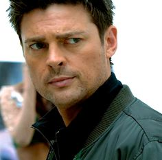 Daily Kennex - Karl Urban as John Kennex, Almost Human. Too purty not to pin!