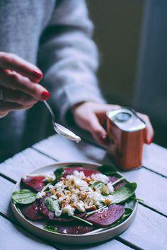 {Dans ma lunch box} Carpaccio de betteraves, fromage frais & noisettes – Meg&Cook