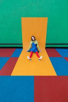 Colourful and Geometric Fashion Photographs – Fubiz Media