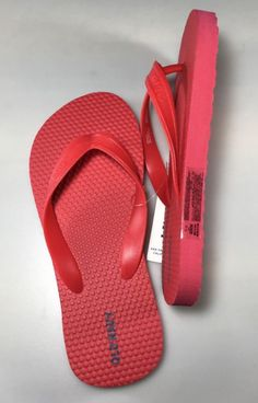 Boy's Old Navy Flip Flops Size 1-2 Red - http://shoes.goshoppins.com/boys-shoes/boys-old-navy-flip-flops-size-1-2-red/