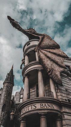Draco Harry Potter, Harry Potter Tumblr, Harry Potter World, Images Harry Potter, Estilo Harry Potter, Mundo Harry Potter, Harry Potter Characters, Harry Potter Dragon, Harry Potter Universal