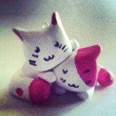 >^-^< Cute Kawaii Kitty Charm!! Please visit my Etsy: www.etsy.com/shop/RunFreeCharms Also my YouTube: www.youtube.com/user/runfreecharms  And Instagram: @runfreecharms