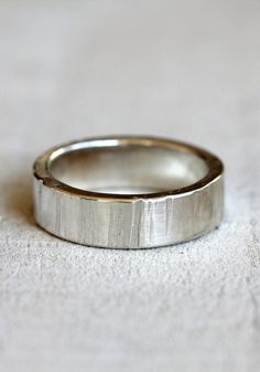 Men's tree bark wedding band by PraxisJewelry on Etsy, $68.00