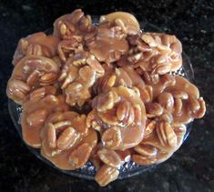 Delicious Chewy Texas Pecan Pralines I - Lyle Norgan Pecan Chewies Recipe, Texas Pecan Pralines Recipe, Candied Pecans Recipe, Spiced Pecans, Praline Pecans, Peanut Brittle Recipe, Brittle Recipes, Sweets