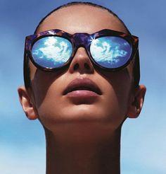 ღ ♡ #stylingwithamira ♡ ღ femme avec lunette de soleil effet miroir