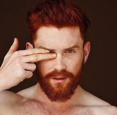ginger men & lifestyle : the place for ginger men lovers. Hot Ginger Men, Ginger Beard, Ginger Hair, Ginger Guys, Hairy Men, Bearded Men, Red Hair Men, Redhead Men, Beard Love