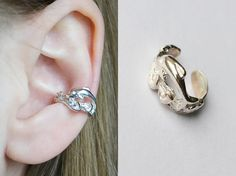 """Shop put  favorites, we often have discounts and promotions! Pls, keep an eye on the store - https://www.etsy.com/ru/shop/EarringsEarcuffs      I make a gift with every order :)      Earring clip """"Happy Dolphin"""" - the wave of lightness.    It should be fair to say that jewelry made of precious metals hardly fit with lightweight, independent, democratic assemblies. Especially difficult to include them in the way to relax at the seaside. These unusual silver earrings completely break all the…"""