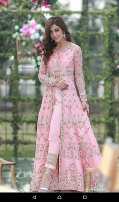 Maya Ali Chiffon Master Replica 2019 MAYA ALI Light Party Wear And Formal Wear at Retail and whole sale prices at Pakistan's Biggest Replica Online Store. Party Wear Indian Dresses, Indian Gowns Dresses, Dress Indian Style, Indian Designer Outfits, Indian Outfits, Designer Dresses, Robe Anarkali, Anarkali Suits, Lehenga
