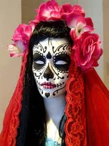 In case you haven't worked out your costume for this year's Halloween party, there is still time! Make it a stylish one this year, here are some snaps from the vintage store Beyond Retr… Halloween 2015, Halloween Make Up, Halloween Party, Halloween Costumes, Mummy Costumes, Halloween Inspo, Sugar Skull Makeup, Sugar Skull Art, Sugar Skulls