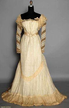 ~ca 1900 2-piece cream silk dress w/ Paris label~