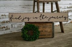 Find Joy in the Journey Find Joy in the Journey Sign Travel Sign Wanderlust Sign Travel Wanderlust Wood Sign Hand Painted Sign Pallet Crafts, Pallet Art, Wood Crafts, Diy And Crafts, Pallet Painting, Diy Signs, Wall Signs, Wall Plaques, Rustic Signs