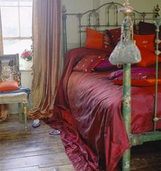 Bohemian Master Bedroom - Shabby Chic Bohemian Interior Design of Gypsy Lifestyle Inspiration - Interior Gallery Design Dream Bedroom, Home Bedroom, Bedroom Decor, Gypsy Bedroom, Bedroom Ideas, Master Bedroom, Shabby Bedroom, Bohemian Bedrooms, Gothic Bedroom