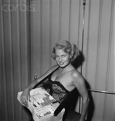 cigarette girl, tray's on backwards (lucille reid)