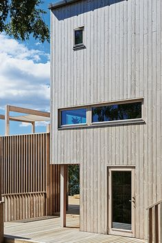 Det okonventionella huset av Widjedal Racki, foto Staffan Flodquist – http://www.tidningentra.se/reportage/labyrintiskt-prangigt-och-nordiskt #arkitektur i #trä