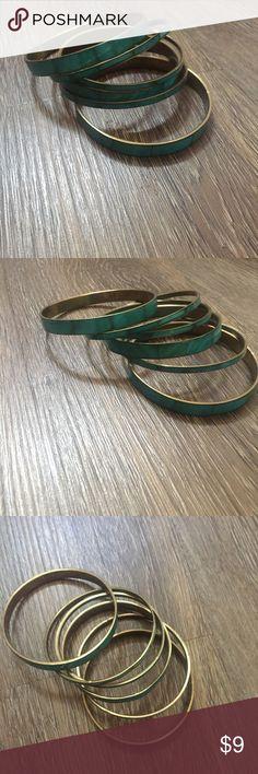 H&M set of Teal/Turquoise Bracelets Cute set of Teal turquoise bracelets from H&M. Jewelry Bracelets
