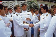 Tom Cruise, Val Kilmer, Tom Skerritt, Rick Rossovich, and Adrian Pasdar in Top Gun Top Gun Film, Top Gun Movie, 80s Movies, Great Movies, I Movie, Awesome Movies, Imdb Movies, Action Movies, Movie Stars