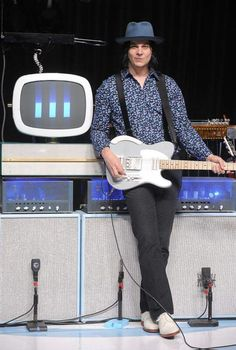 Rocker Jack White goes in depth with music writer Brian McCollum