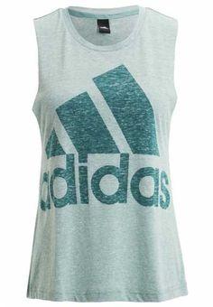 d90a8be195371 La Camiseta Deportiva Para Mujer Aunque pensemos que una camiseta de deporte …