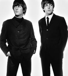 John Lennon and Paul McCartney My Love Paul Mccartney, Lennon And Mccartney, The Beatles 1, John Lennon Beatles, Beatle Juice, Band On The Run, Los Rolling Stones, Music Genius, Imagine John Lennon