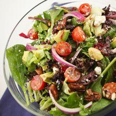Simple seasonal salad with dressing