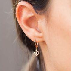 Mini Bead Bar Stud earrings in Sterling Silver, short silver bar stud, sterling bar post earrings, small silver earring, minimalist jewelry – Fine Jewelry Ideas - diamond earrings Bar Stud Earrings, Gold Diamond Earrings, Circle Earrings, Unique Earrings, Sterling Silver Earrings, Diamond Jewelry, Pandora Earrings, Flower Earrings, Earings Gold
